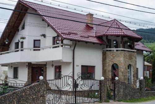 Casa Viorica si Luis, Pojorata