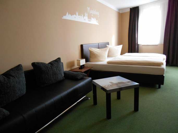 Hotel Merkur, Magdeburg