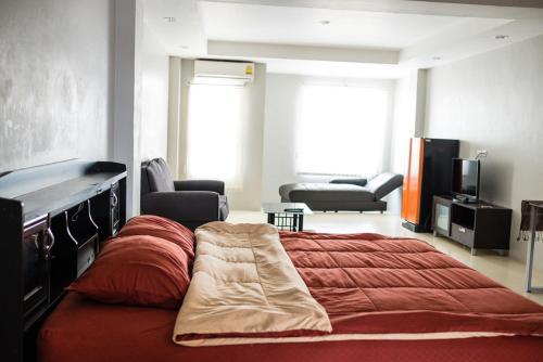 Addict Laundry and Room, Bang Lamung