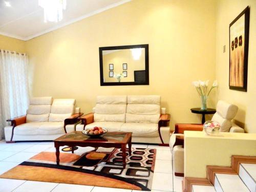 Lilliz Guest House, O.R.Tambo