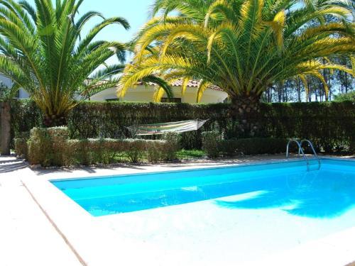 Relax4family e uma vivenda com piscina privada perto da praia e do campo, Marinha Grande