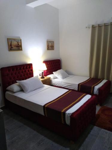 Port Said Club Hotel, Al-Manakh