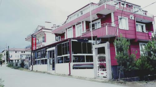 Akcin Pansiyon, Karasu