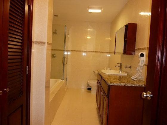 Clearview Suites & Cottages,