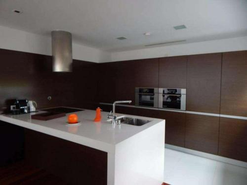 Belissima casa em condominio de luxo com piscina em Ofir, Esposende