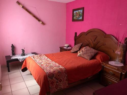 La Casa de los Soles, Guadalupe