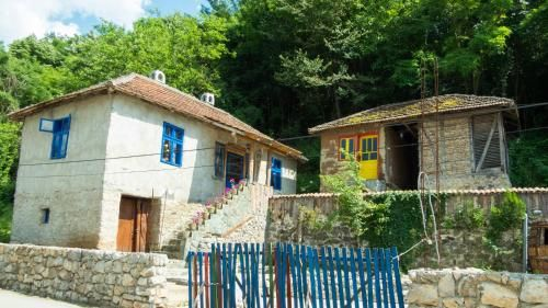 Charming rustic house in the village Lipovac, Aleksinac