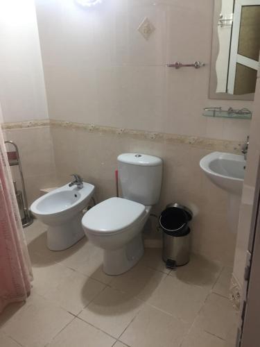 Участок дом с летним бассеином сауна 5-спальнии тел : +998946362828 имееться телеграмм ватсап ваибер, Qibray