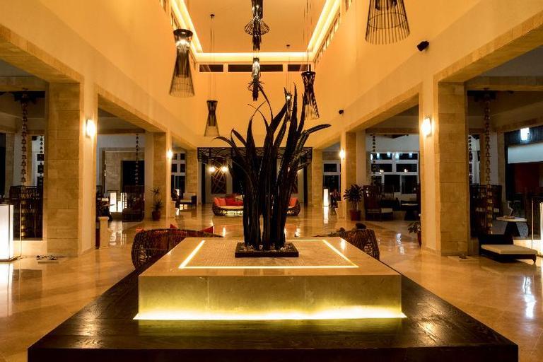 Gran Muthu Imperial Hotel, Morón
