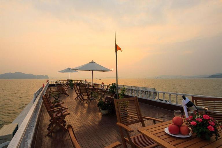 Paragon Sancy Cruise, Hạ Long