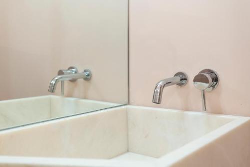 Alfama Design Suites Guesthouse, Lisboa
