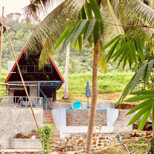 A House Lucban, Tayabas City