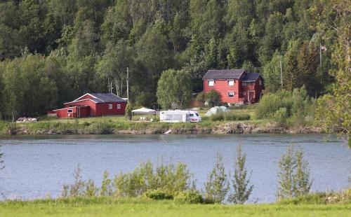 Idyllic fishing location in Malselva , hus for utleie , unikt fiske sted, Målselv