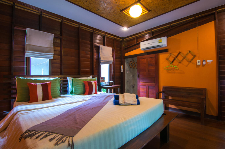 Banrimnarm homestay and resort, Bang Khon Ti