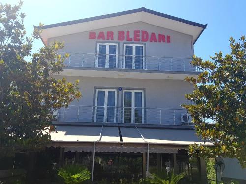 Bar Hotel Bledari, Fierit