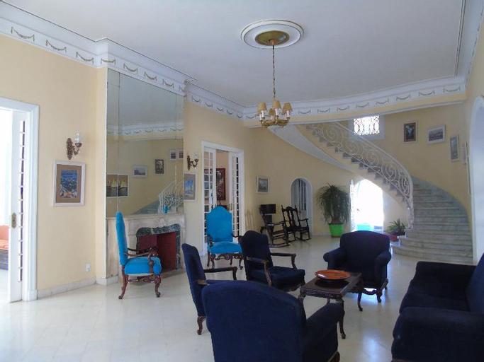 Hotel E Mirazul, Koriya
