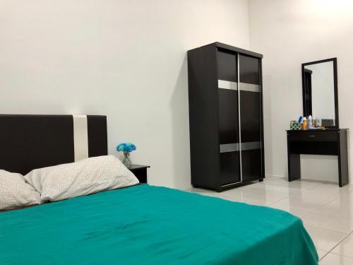 Comfy Room Girls Only @ Seri Iskandar, Perak Tengah