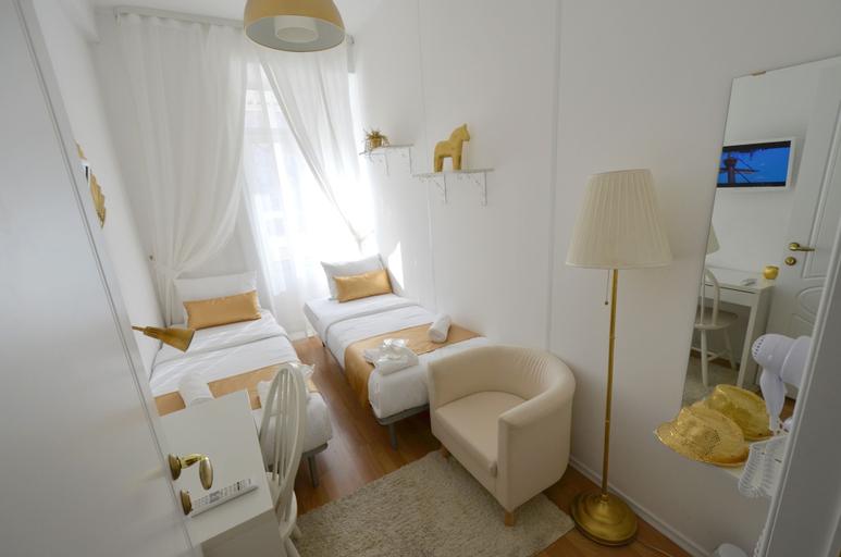 Gold Inn, Ekaterinburg gorsovet