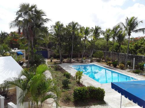 Villa Juan Dolio, Guayacanes