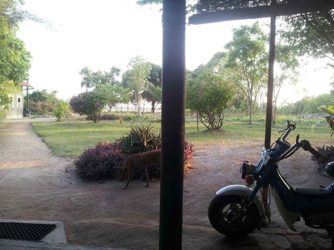 Captains Bird Safari Lodge, Puttalam