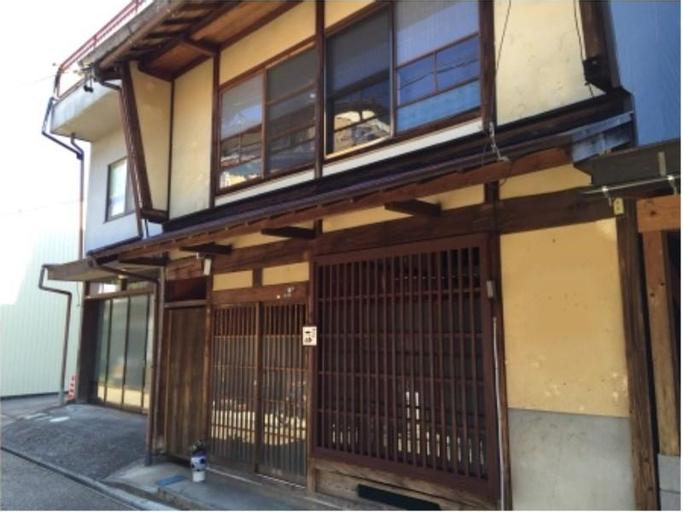 Yanaka no Tasuke, Gujō