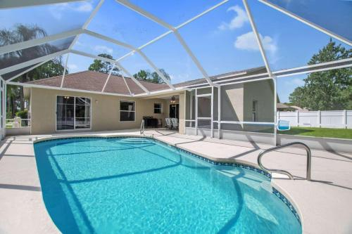 Salty Breeze Pool Home, Flagler
