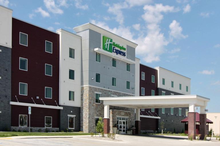 Holiday Inn Express Fargo SW - I-94 Medical Center, Cass