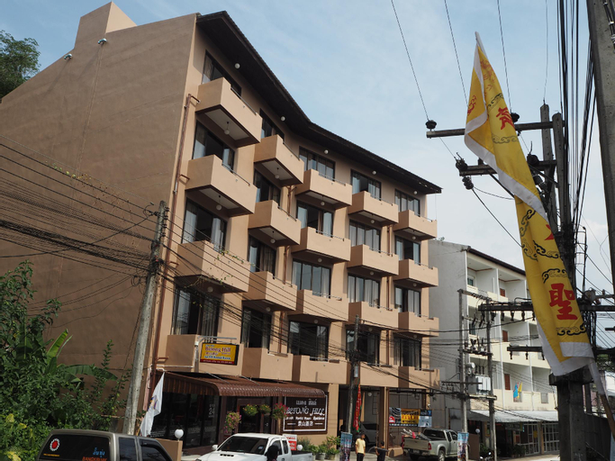 Betong Hill Hotel, Batong