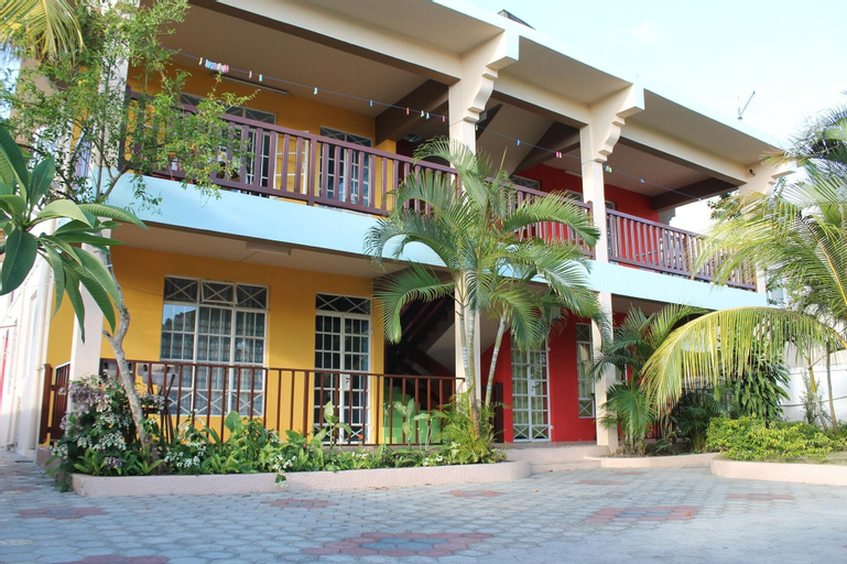 Apartment With 2 Bedrooms in Trou aux Biches, With Furnished Balcony and Wifi - 1 km From the Beach,