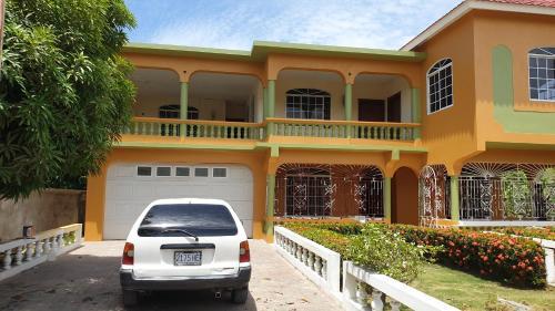 YALLAHS VILLAS 2 ALBION JAMAICA,