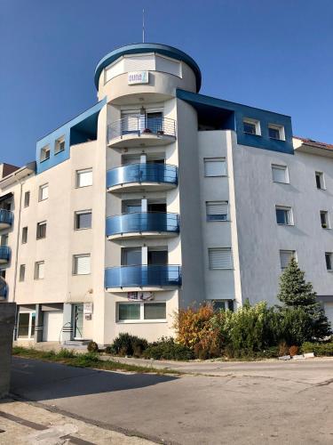 D1 Apartments, Komárno