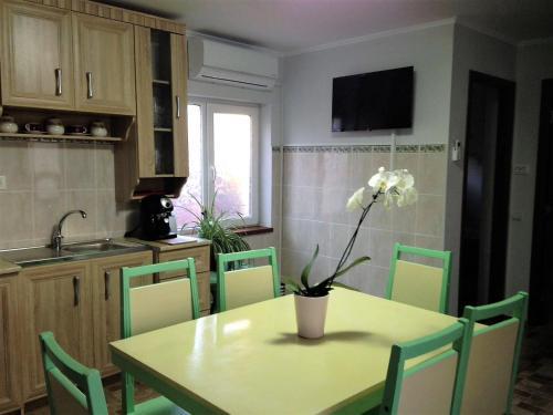 Cozy Seaside Apartment, Navodari