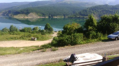 Zavojsko jezero Pirot - SUNCANA PLAZA, Mala Lukanja - kamp Buljarice, Pirot