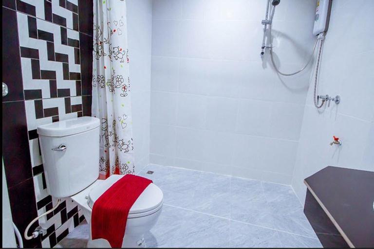 Vatchara Hotel, Muang Nakhon Sawan