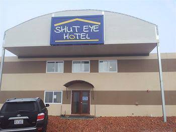 Shut Eye Hotel, McKenzie