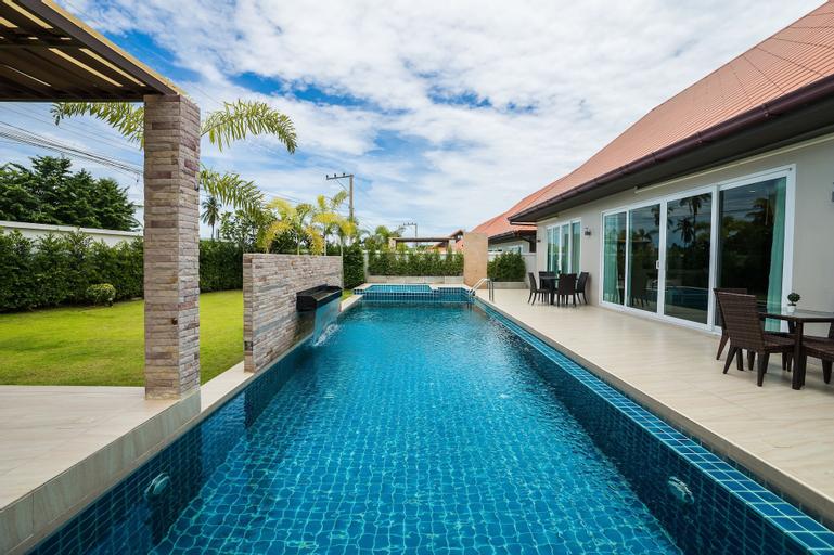 The Ville Jomtien Pool Villa, Bang Lamung