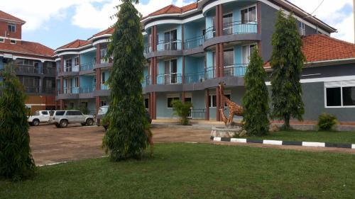 Pauline Hotel Lira, Lira