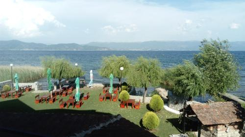 Ezerski bran Kalishta Struga (Lakeview apartments),