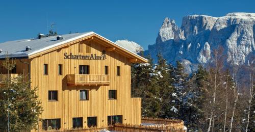 Schartneralm Treehousing & Lodge, Bolzano