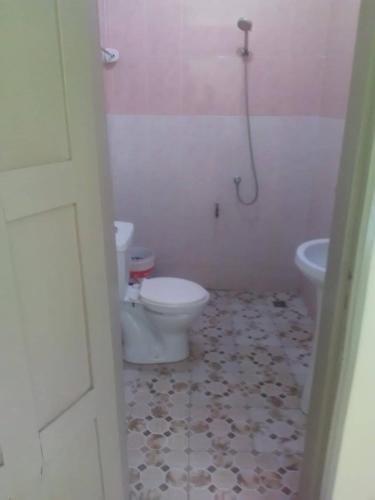 Agossi's, Cotonou
