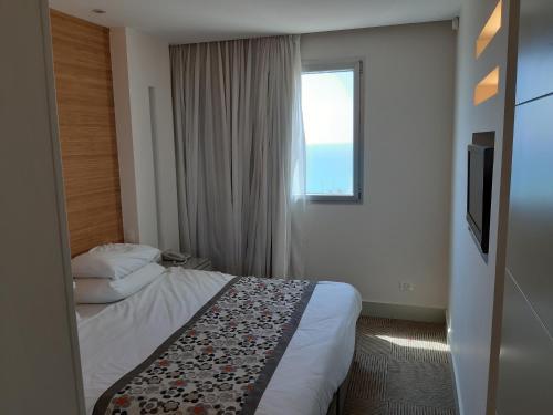 סוויטה מדהימה על הים בנתניה במלון רמדה,