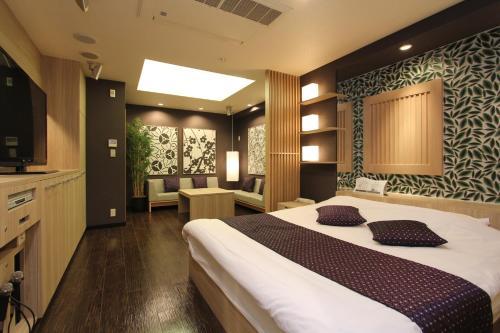 HOTEL K-WAVE R (Adult Only), Koshigaya