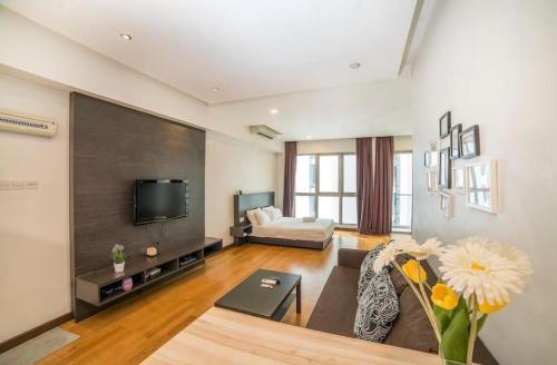 Commodious Stay 1BR in Petaling Jaya - On Sale, Pavlodarskiy
