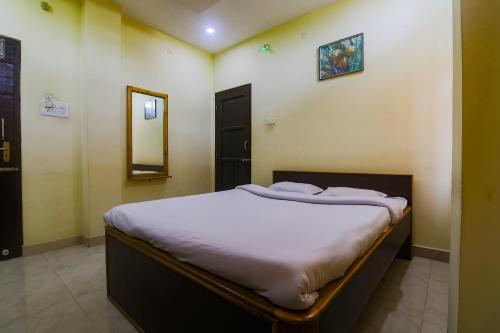 SPOT ON 41345 Vinayak Regency SPOT, Golaghat