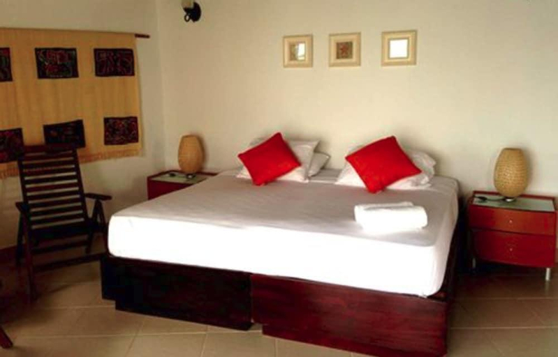 Coral Lodge, Santa Isabel
