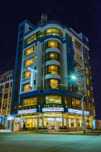 Hotel Oporto, Cercado