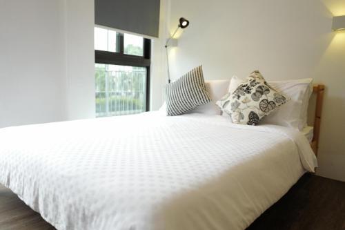 Studio Apartment Rentals Singapore, Bukit Timah