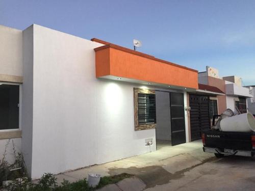 Casa Jacarandas, San Luis Potosí
