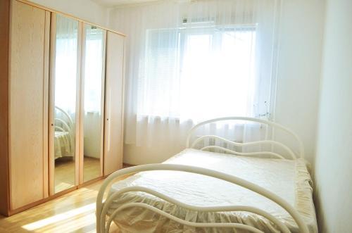 Apartment on Tomilinskaya 249, Orenburg