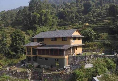 The Lakeview House with Private Pool, Gandaki